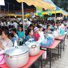 โรงทานอาหารทุกหมู่บ้านและคณะศรัทธาร่วมทำบุญงานประเพณีฯ 61